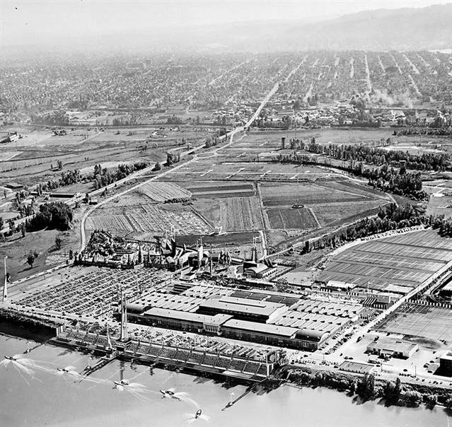 aerial view of Centennial Exposition and International Trade Fair in 1959